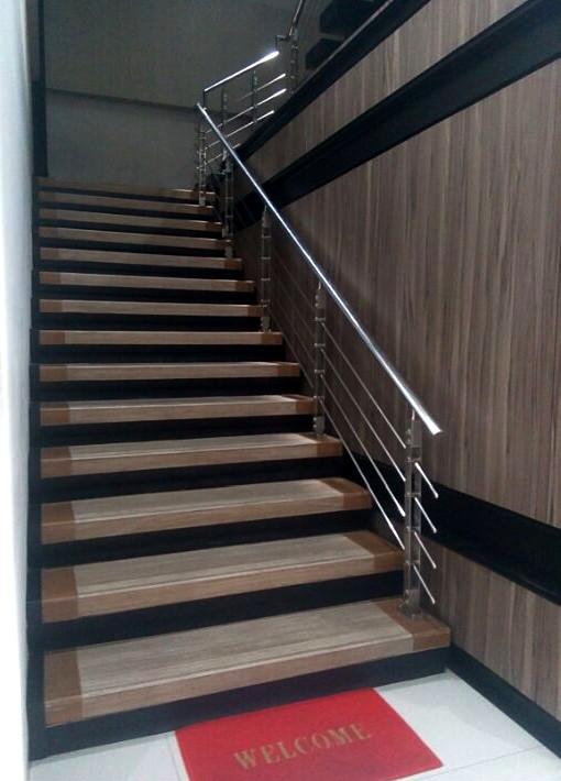 railing tangga makmur aluminium 11