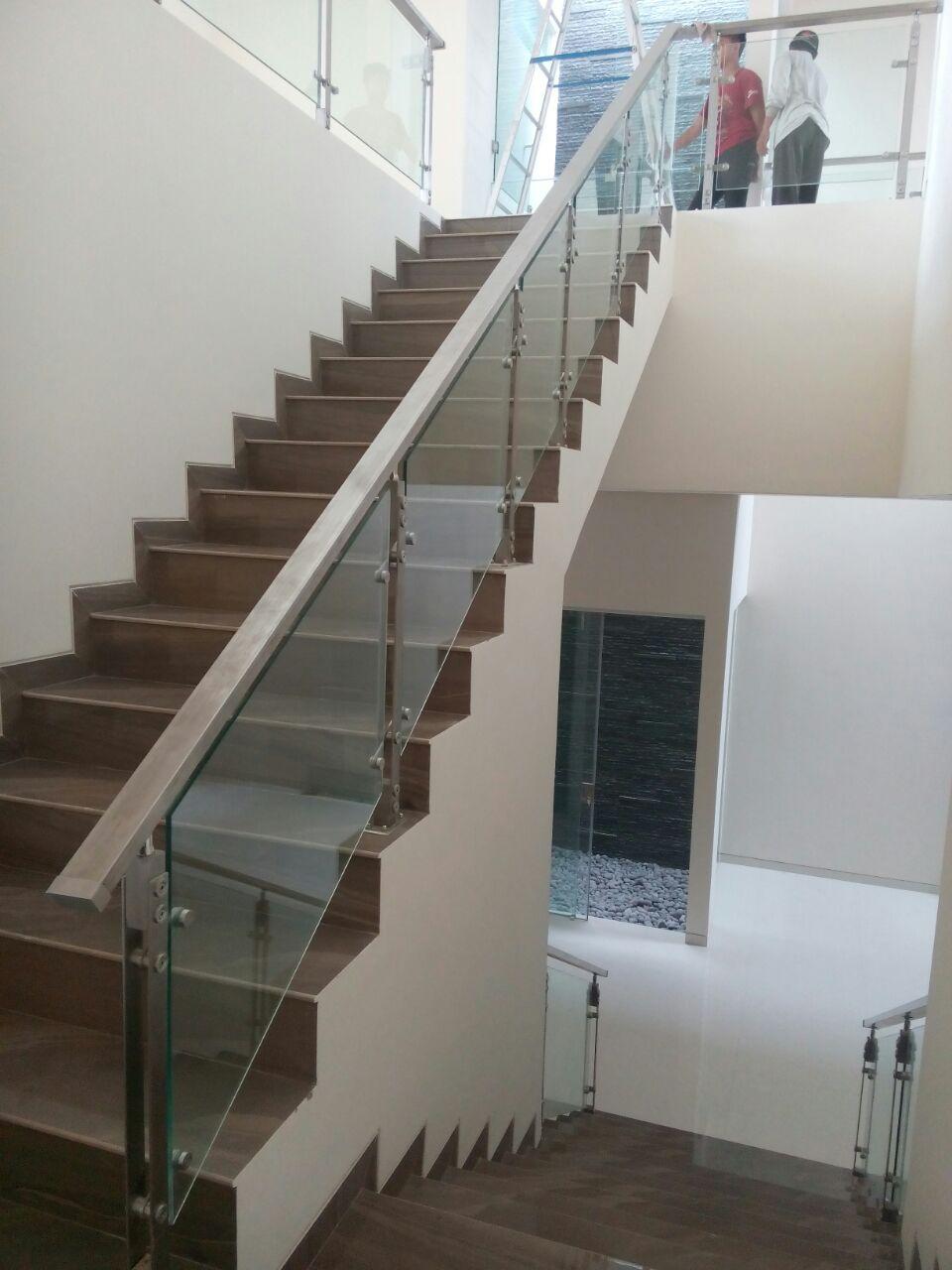 railing tangga makmur aluminium 8